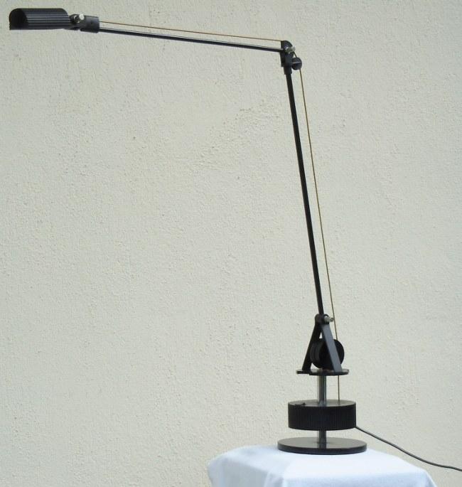 Technische Schreibtischleuchte