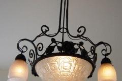 Antike Leuchte aufgearbeitet
