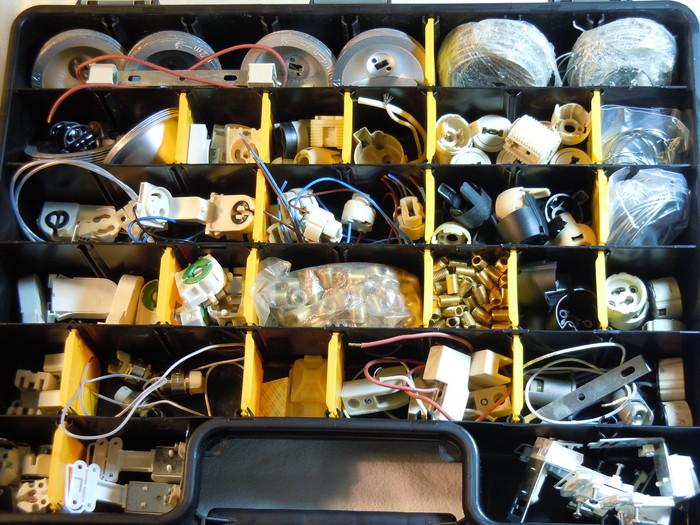 Hochvoltfassungen, R7s, GU10, G9, Leuchtstoffröhrenfassung, Reflektoren, Strahlerbefestitungsringe